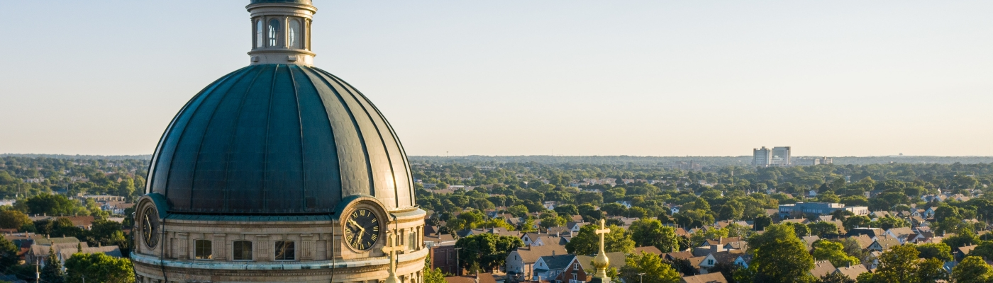 Photo of the Basillica of St. Josephat in Milwaukee, with horizon in the distance